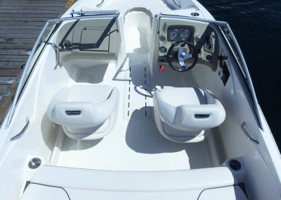 Interior of the Larson Speedboat rental. Put yourself in the drivers seat!